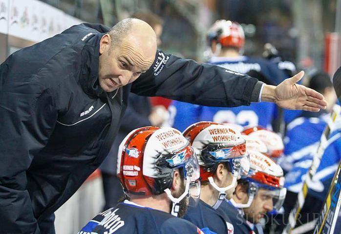 Helmut de Raaf Eishockey Wild Wings Trainer Helmut de Raaf verlsst den Club