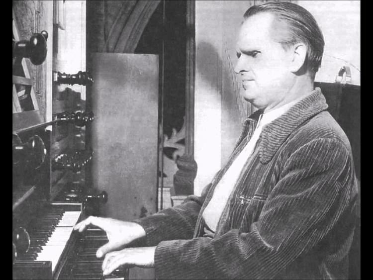Helmut Walcha JS Bach The Art of Fugue BWV 1080 Completed by Helmut