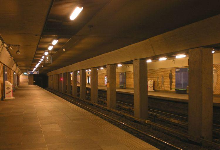 Helsfyr (station)