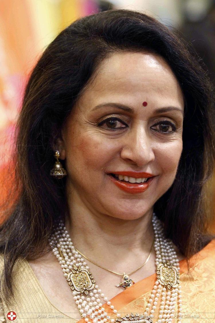 Hema Malini Box Office 18 After 39 years Hema Malini and Ramesh Sippy