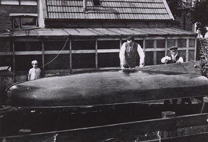 Hendrik Bulthuis Hendrik Bulthuis and his boats tasmanian16m2