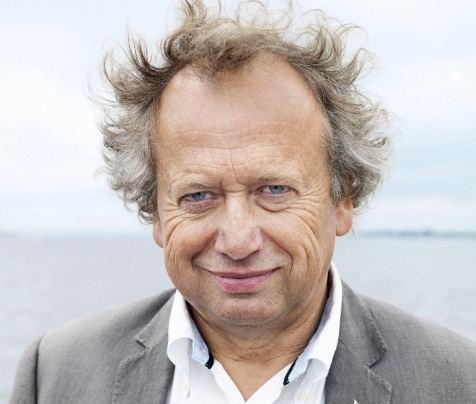 Henk Bleker Pissig op Henk Bleker Vrij Nederland