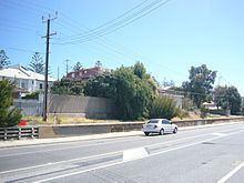 Henley Beach railway line httpsuploadwikimediaorgwikipediacommonsthu