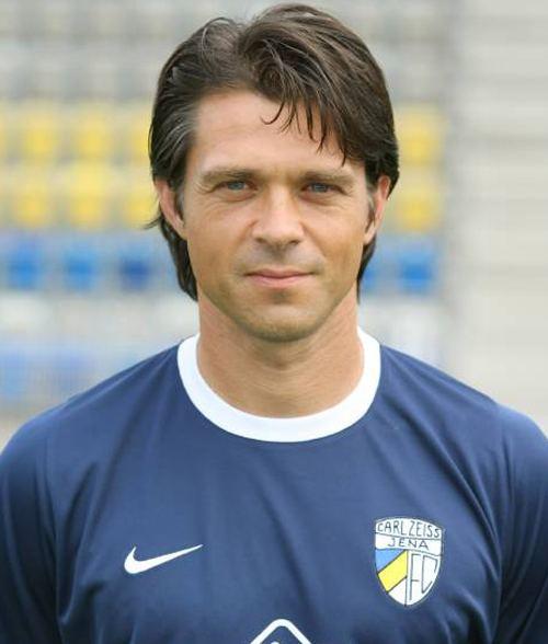 Henning Burger mediadbkickerde2009fussballtrainerxl4773jpg