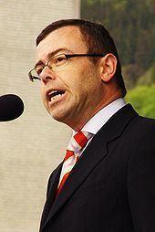 Henning Warloe httpsuploadwikimediaorgwikipediacommonsthu