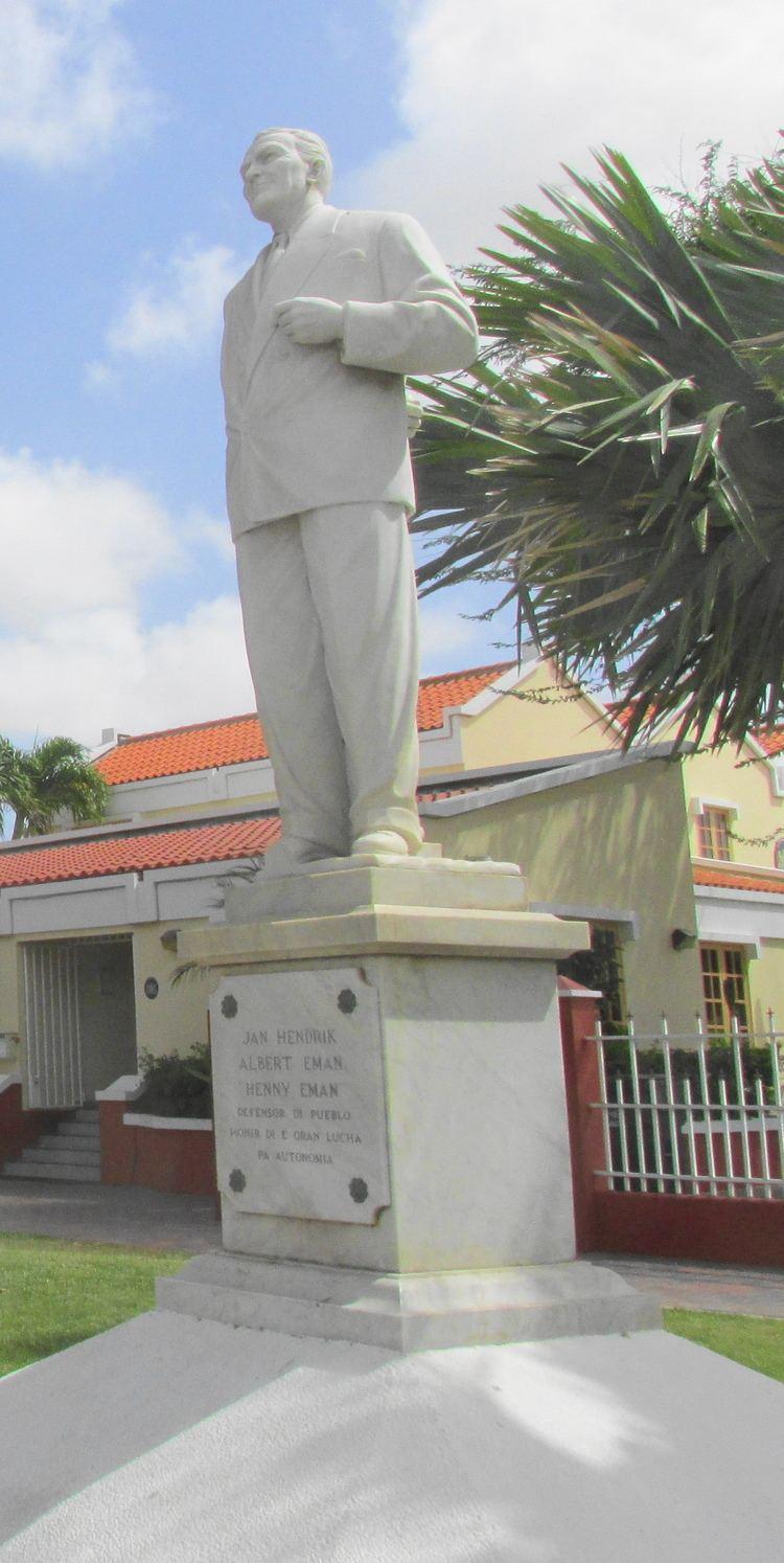 Henny Eman Statue in Oranjestad of Jan Hendrik Albert Henny Eman the first