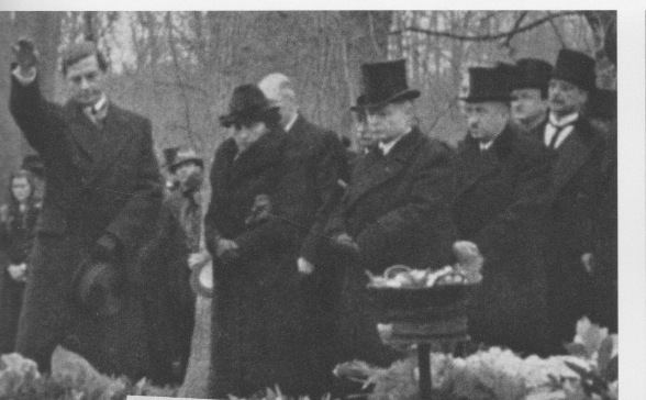 Henri Deterding ROYAL DUTCH SHELL ADOLF HITLER NAZI CONNECTION
