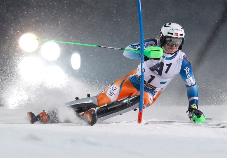Henrik Kristoffersen Norwegian teen sensation wins Schladming night slalom