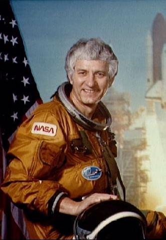 Henry Hartsfield Astronaut Bio Henry W Hartsfield Jr Mr