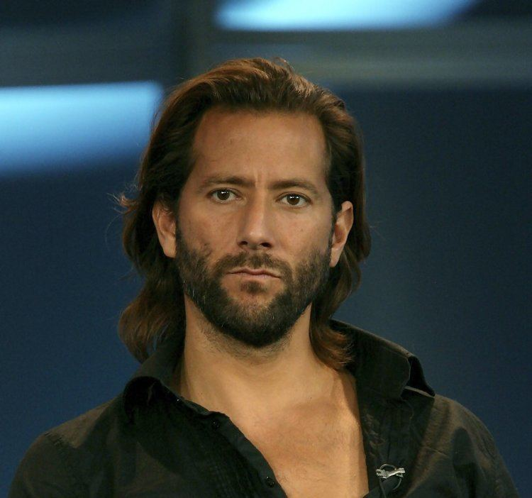 Henry Ian Cusick LOST39s 39Desmond39 Gets Sued For Sexual Harassment Henry