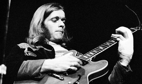 Henry McCullough Wings guitarist Henry McCullough dies aged 72 Very sad Paul