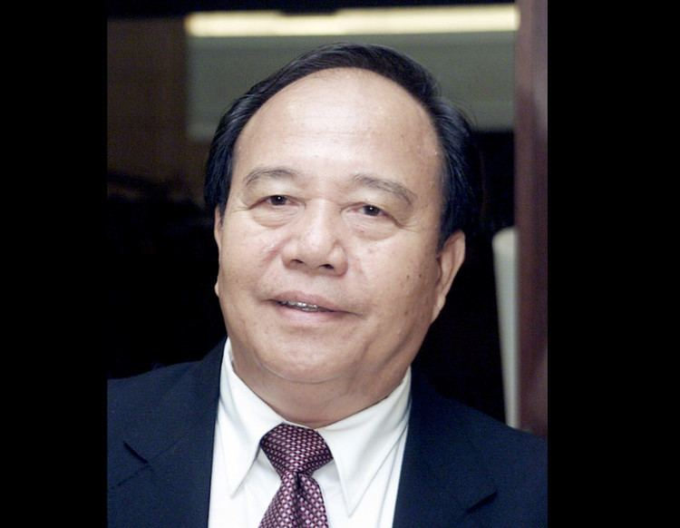 Henry Sum Agong Henry Sum Agong is first Lun Bawang leader appointed deputy minister