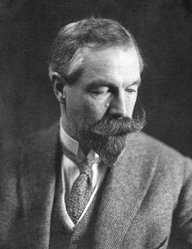 Henry Villard Art Nouveau Memorial to Henry Villard Gravely Speaking