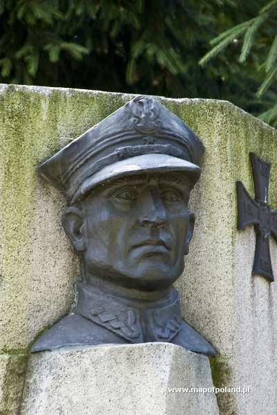 Henryk Sucharski Henryk Sucharski Monument in Nowy Sacz Photo 53218
