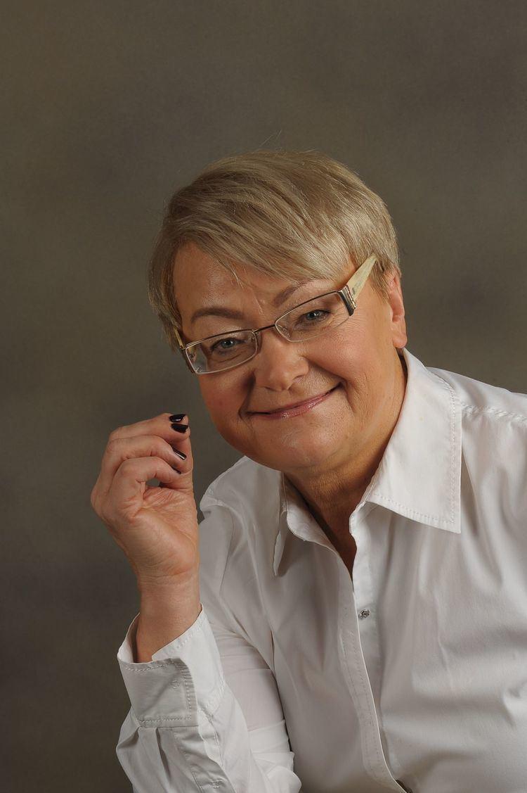Henryka Bochniarz httpsuploadwikimediaorgwikipediacommonsthu