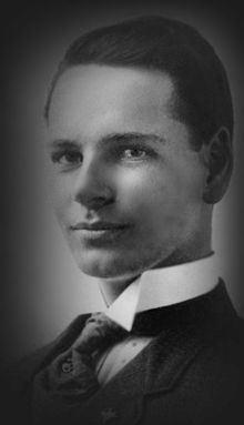 Herbert J. Krapp httpsuploadwikimediaorgwikipediacommonsthu