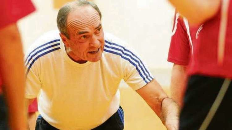 Herbert Wehnert HandballLegende Herbert Wehnert aus Dietzenbach kritisiert den