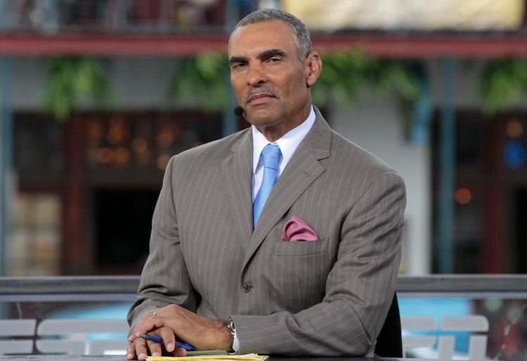 Herm Edwards The Overhead Compartment With Herman Edwards Pursuitist