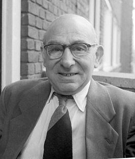 Herman Bouber httpsuploadwikimediaorgwikipediacommonsthu