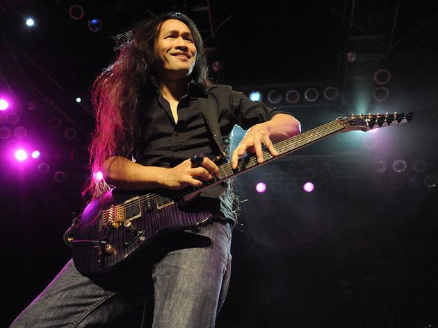 Herman Li 52 famous players on their first guitars Herman Li