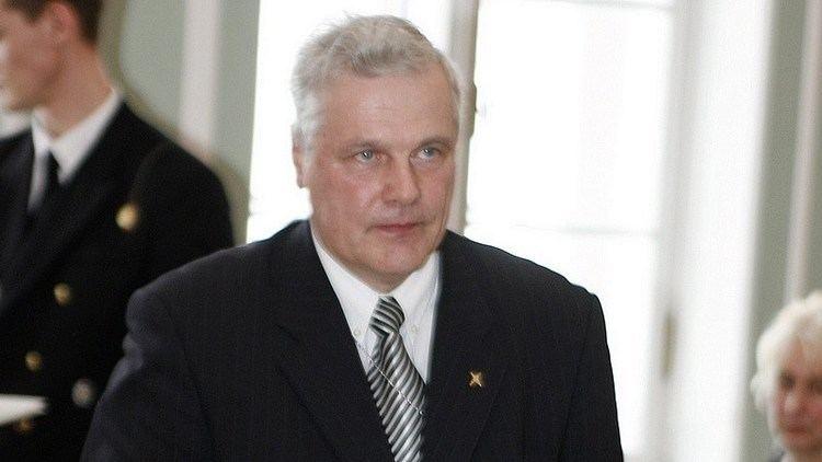 Herman Simm Herman Simm andis Vene luurele vhemalt 3294 saladokumenti