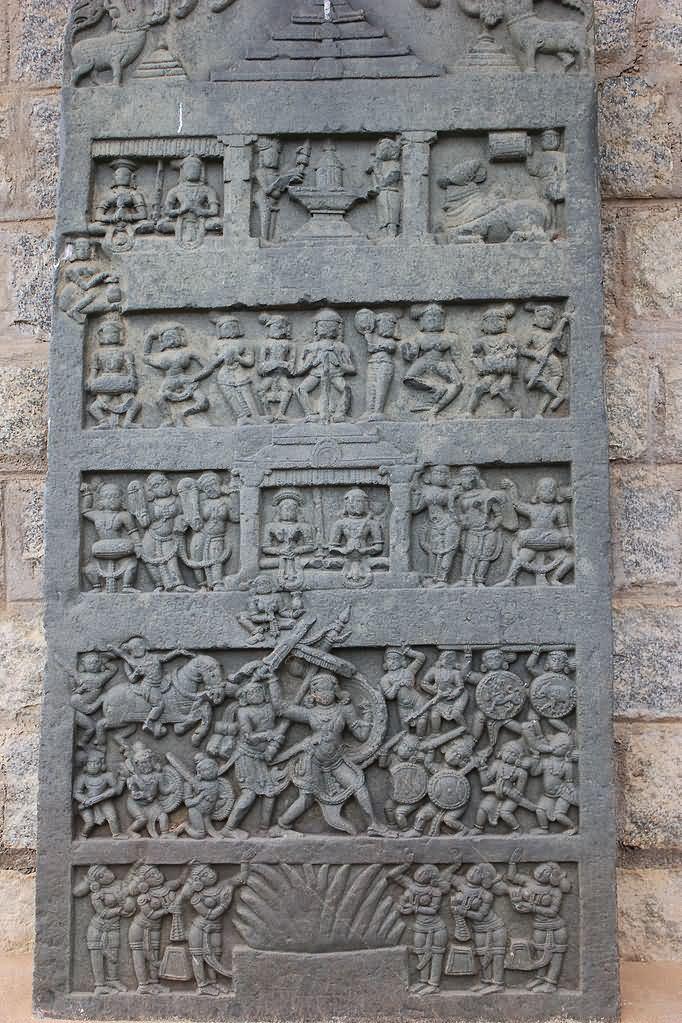 Hero stone Virgal hero Stone In Kedareshvara Temple At Balligavi Karnataka