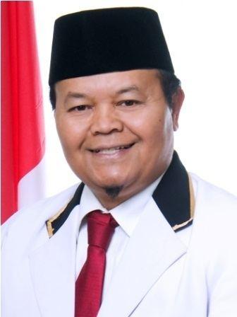 Hidayat Nur Wahid httpsuploadwikimediaorgwikipediacommons55