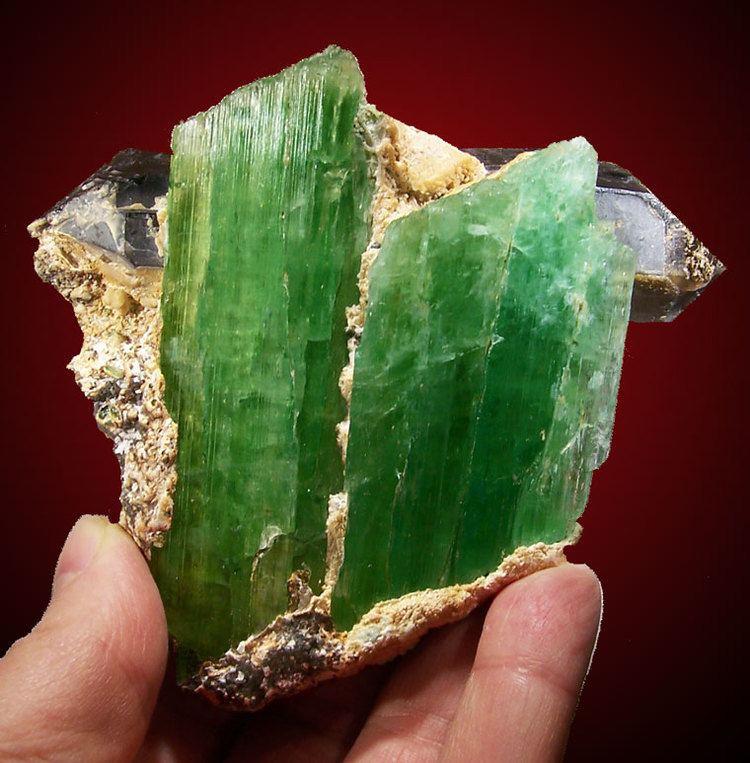 Hiddenite Hiddenite Green Spodumene
