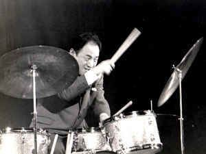 Hideo Shiraki Hideo Shiraki Discography at Discogs