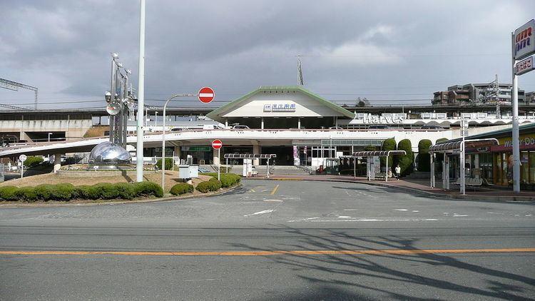 Higashi-Ikoma Station