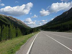 Highwood Pass httpsuploadwikimediaorgwikipediacommonsthu