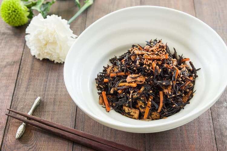 Hijiki Hijiki No Nimono Hijiki Salad Recipe Delicious Techniques
