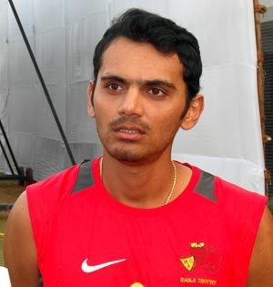 Hiken Shah Mumbai cricketer Hiken Shah suspended for corruption