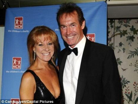 Hilary Jones (doctor) Its over GMTV doctor Hilary Jones to divorce wife after her