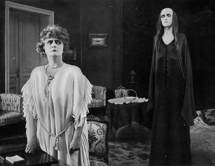 Hilde Warren und der Tod The Devils Manor Hilde Warren Death Hilde Warren und Der Tod 1917