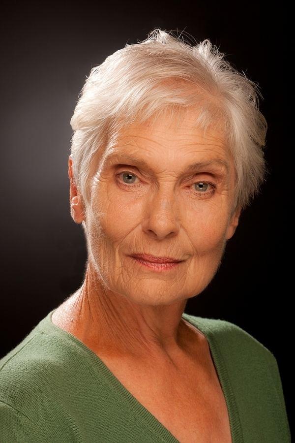 Hildegarde Neil Hildegard NEIL Biography and movies