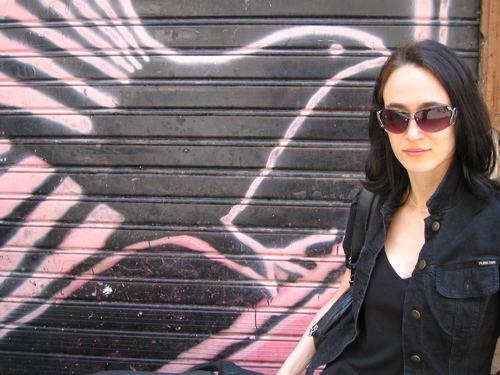 Hillary Raphael www3ammagazinecomfictionimages2005octraphae