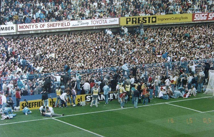 Hillsborough disaster What happened at the Hillsborough Disaster Footage of the day