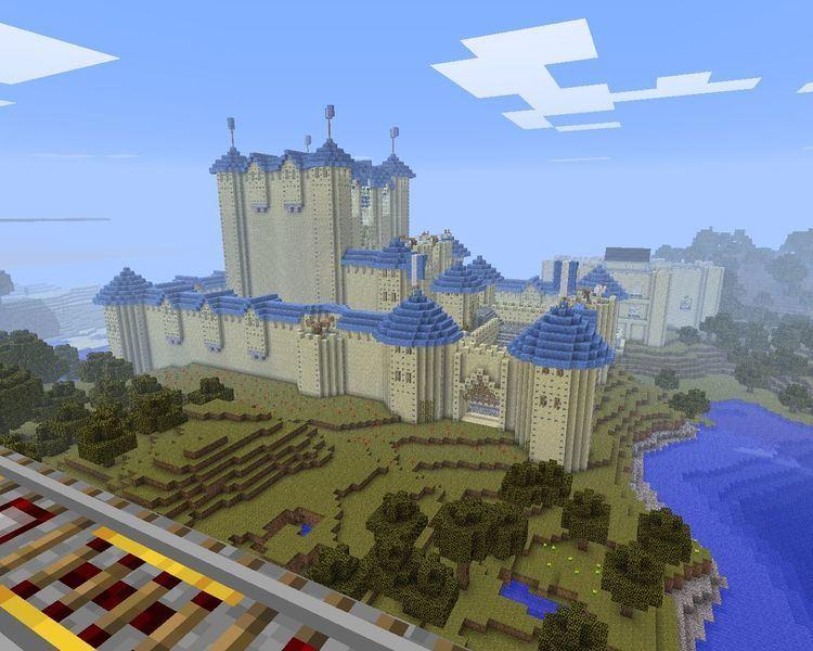Hilltop castle Hilltop Castle Minecraft Project