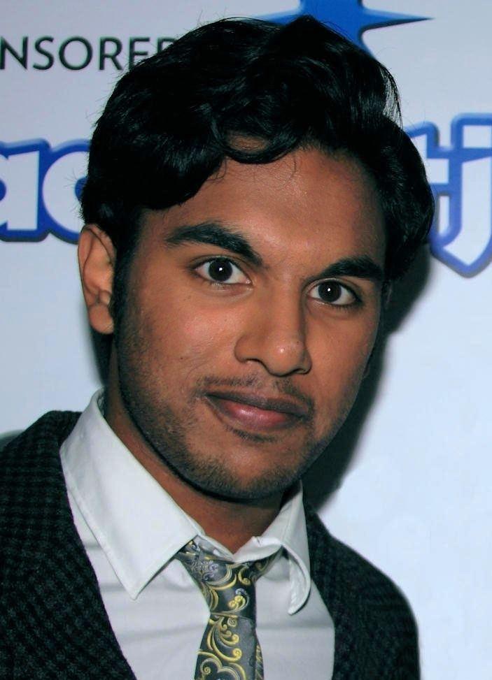Himesh Patel httpsuploadwikimediaorgwikipediacommons77