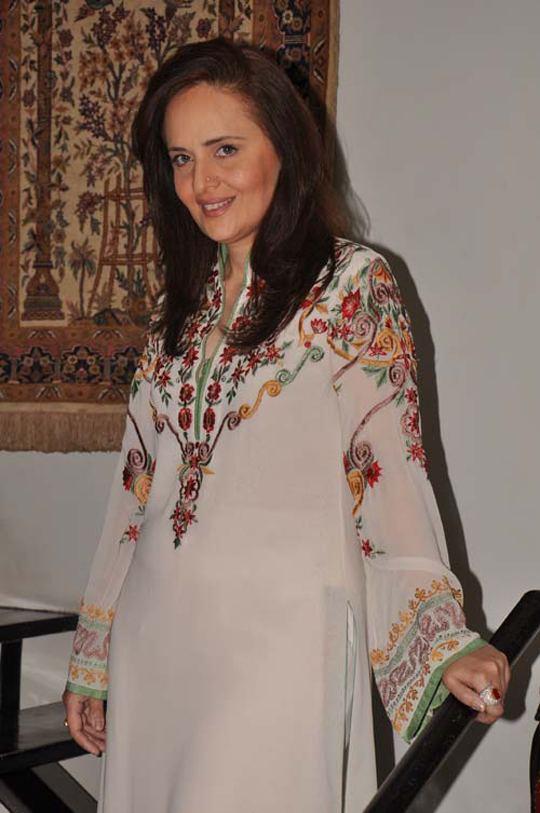 Hina Khawaja Bayat hinakhawajabayattvtalks5 Hot Starz