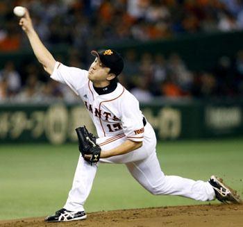 Hirokazu Sawamura Sawamura Abe provide big lift for Giants in Game 4 The
