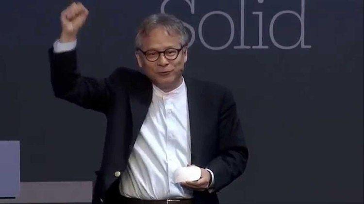 Hiroshi Ishii (computer scientist) Hiroshi Ishii quotVision Driven Beyond Tangible Bits