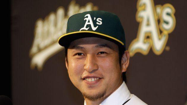 Hiroyuki Nakajima Athletics Finalize Contract with Japanese Shortstop