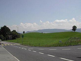 Hirzel Pass httpsuploadwikimediaorgwikipediacommonsthu