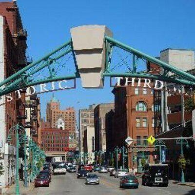 Historic Third Ward, Milwaukee httpspbstwimgcomprofileimages3788000002566