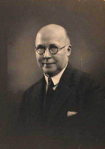 Hjalmar Kjær