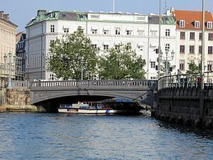 Højbro httpsuploadwikimediaorgwikipediacommonsthu