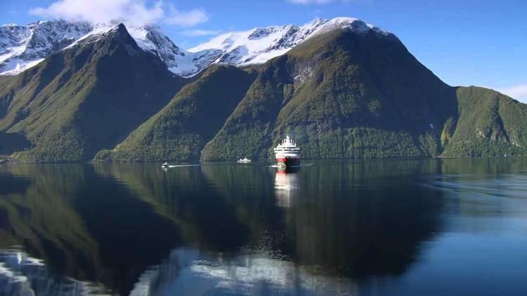 Hjørundfjorden The Hjrundfjord Hurtigruten Hurtigruten