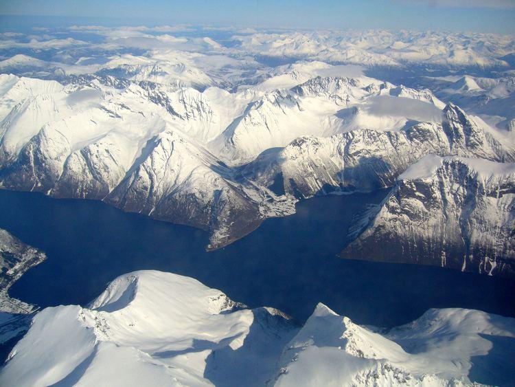 Hjørundfjorden Hjrundfjord and Norangsfjord Hjrundfjordportalen
